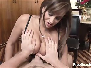 cougar gives the best point of view deepthroat fellatio