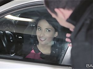Anissa Kate boinking the boss in the car park