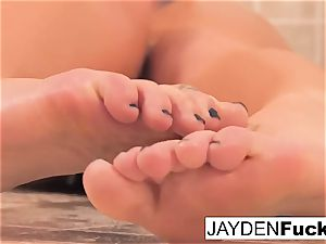 buxomy Jayden Jaymes Takes A sizzling long douche