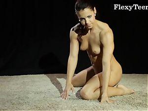 super-hot donk gymnast dancing