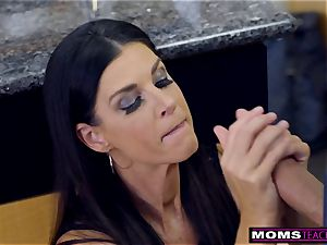 mom screws sonnie And munches internal cumshot For Thanksgiving treat