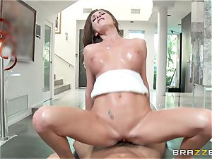 Silvia Saige gets a massage with all extras