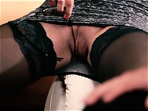PINUP hook-up - classy Czech babe gets plowed hard