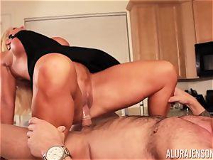 Alura Jenson gets pounded by big muscle stud Zeb Atlas