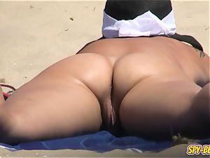 spycam naturist Beach fledgling mummy - labia Close-up vid