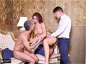 Glamkore Ani Blackfox gets a sensuous dp