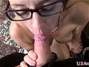 USAwives Mature cooter toying closeup footage