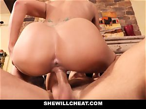 cuckold hubby witnesses Wifes honeypot Get ruined