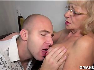 Lusty Mature tramp nailed by a crazy boy