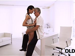 OLD4K. perfect secretary tempts elder dude to get another promotion