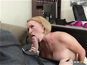 Krissy Lynn penetrated by her ultra-kinky shrink