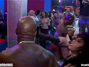 Mass pornography fucky-fucky in a striptease bar