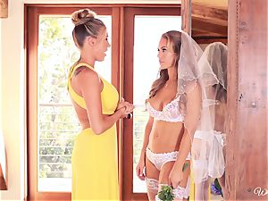 Bride Nicole Aniston last fling with Samantha Saint