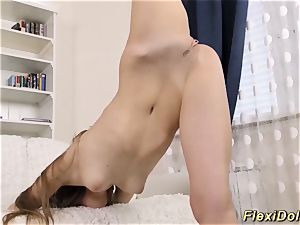 Flexi real nubile dame extraordinary opened up