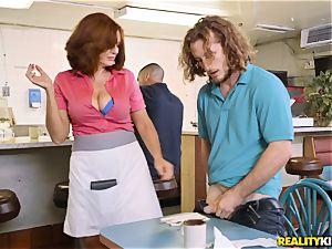 Brick finnally gets some great service from kinky MILFY waitress