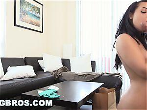 BANGBROS - Latina Maid Ava Sanchez shines That man meat