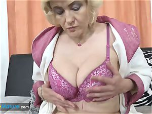 EuropeMaturE busty light-haired Mature Solo getting off
