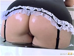 Maid Syren Demer is banged and fisted in the arse