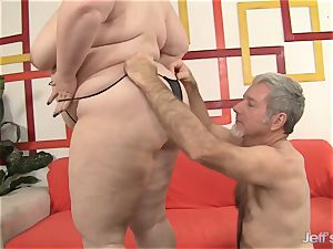 enormous cutie Gets Her jaws and snatch packed with a wood