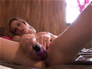 lean blond honey in pinkish underpants fingerblasting massive cooter