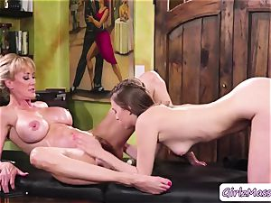 masseur Jill Kassidy massage Brandi enjoy body and slurps her wet cooch