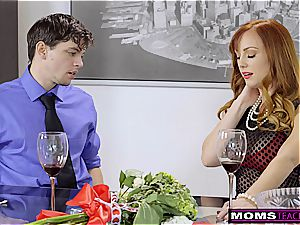 MomsTeachSex- mommy And StepSons Romantic VDay shag S7:E7