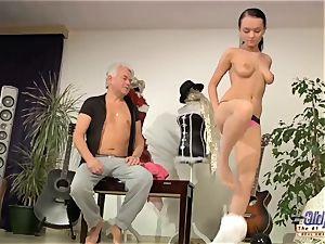 dirty Dancing elderly dance instructor ass-fuck pokes nubile