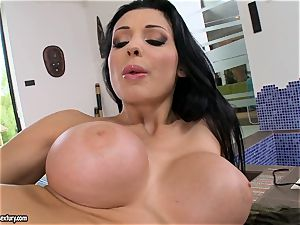 splendid sizzling Aletta Ocean pokes her crevice deeper with an incredible fucktoy spunk-pump