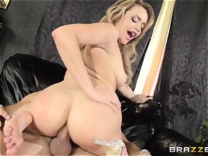 Mia Malkova gets her dancing backside humped to the balls