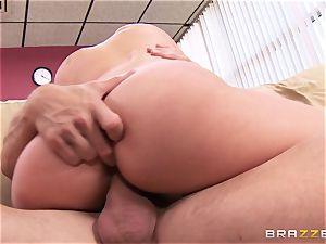 Randy doctor Alexis Monroe nailed in the staff apartment