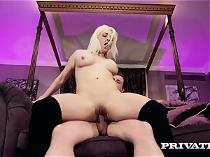 Private.com - big-titted Victoria Summers bj's and screws