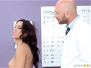 puss liking Rachel Starr gets a taste of yam-sized rigid dick