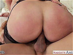 buxom ash-blonde wife Alura Jenson gives boobjob