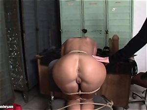 Kathia Nobili lets a scorching dame suck her wire on