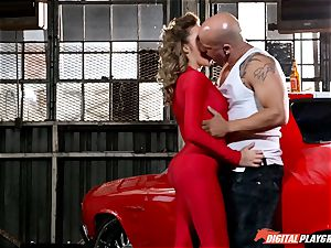 Racing hotty Mia Malkova