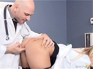 blond doc Payton West fucking her mind-blowing partner