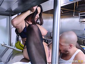 Kitchen inspector Ava Addams takes a chefs chisel deep