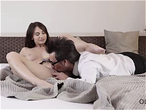OLD4K. sex is how gal welcomes aged spouse after biz trip