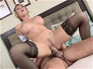 steamy maid Capri Cavanni gives her boss some extras