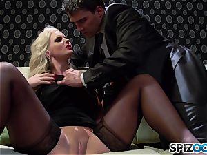 Spizoo - Phoenix Marie get a uber-cute ravage by Tony Ribas